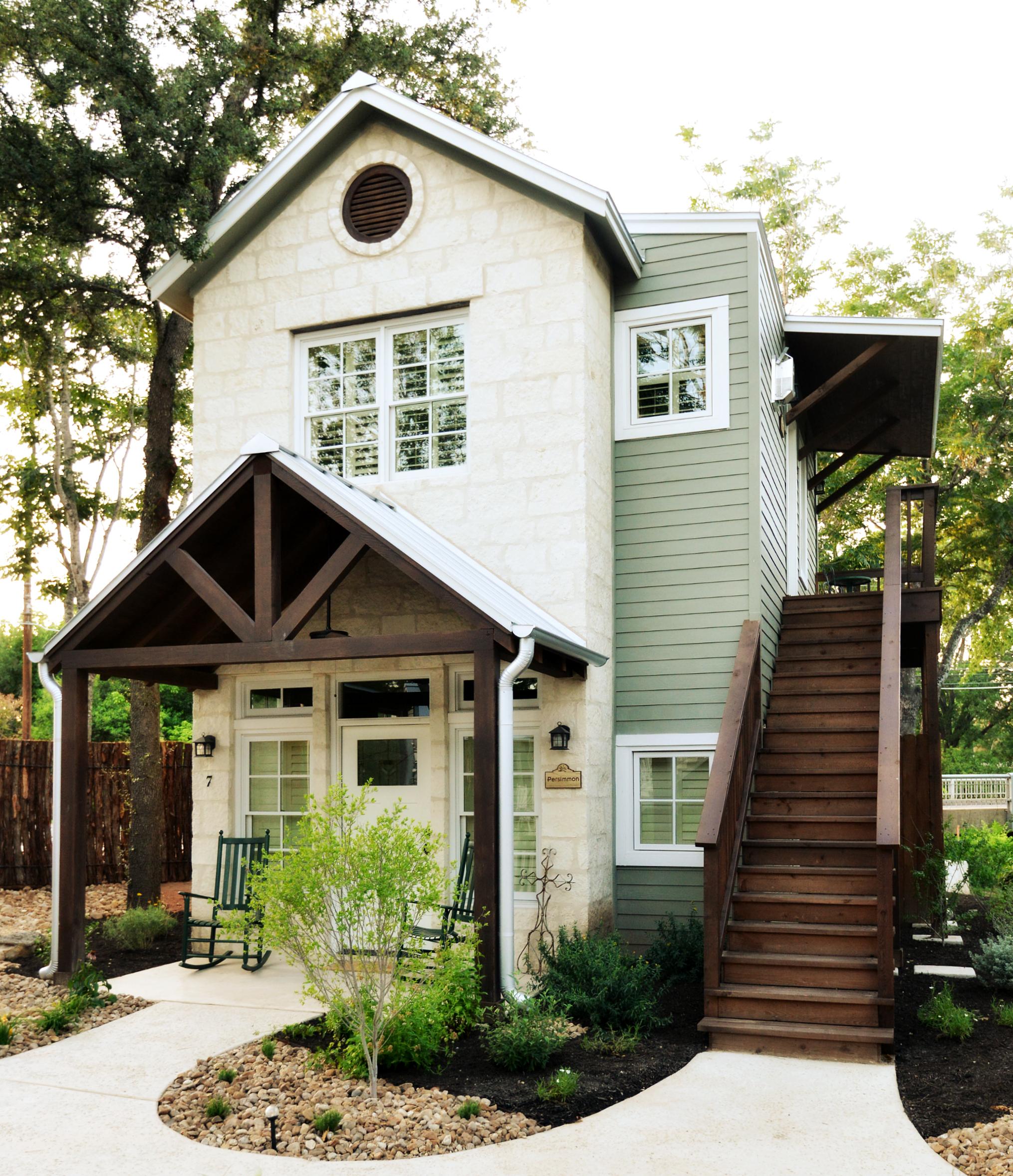 hillstar cottage | sugarberry inn bed & breakfastsugarberry inn